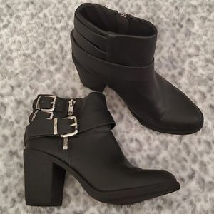 H&M Black leather ankle with buckles zip up boots